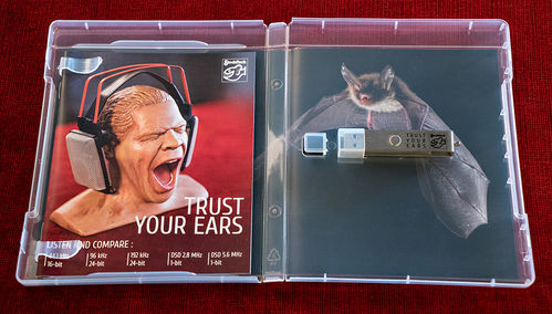 STOCKFISCH - TRUST YOUR EARS • USB